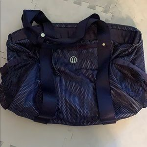 NWOT Lululemon Run On Duffel Bag